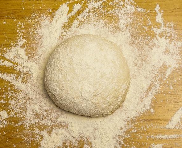Kruh dandanašnji - industrijski ali domač - zdrav ali kemičen - svež dva dni ali 50 dni?